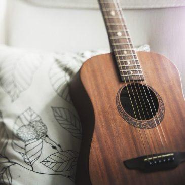 """""""…chłopak z gitarą byłby dla mnie parą…"""" i nie tylko!"""